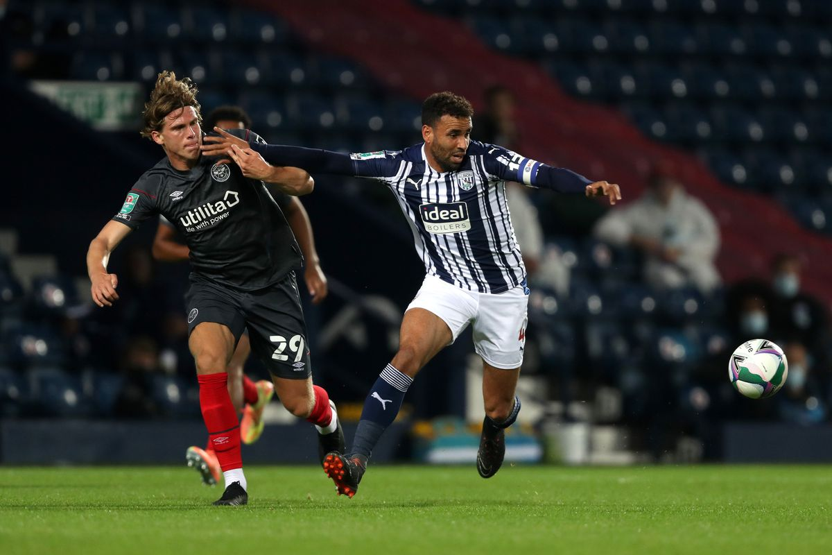 Mads Bech Sorensen of Brentford and Hal Robson-Kanu of West Bromwich Albion. (AMA)