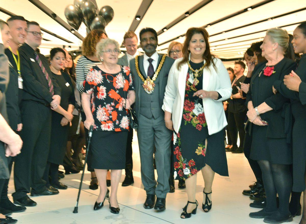 Local hero Ann Guest pictured with the Mayor of Wolverhampton, Councillor Elias Mattu and Mayoress Asha Mattu