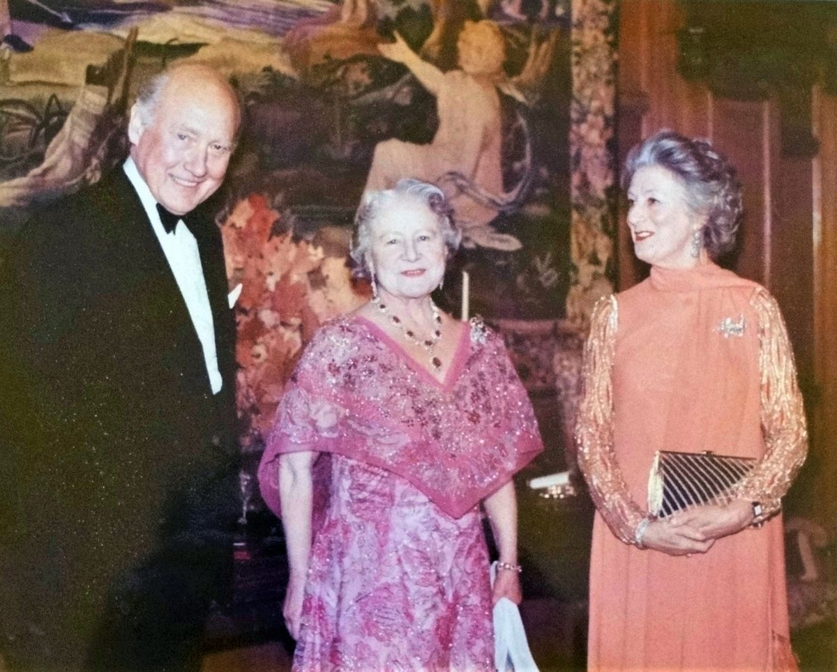 Robbert and Patricia, as Netherlands Ambassador and Ambassadress in London, receiving the Queen Mother at the Dutch Embassy in 1981.