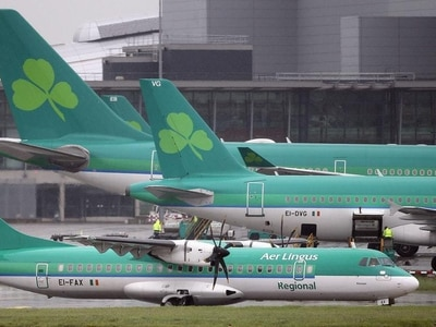 Aer Lingus says sorry to passengers after boarding passes fail to download