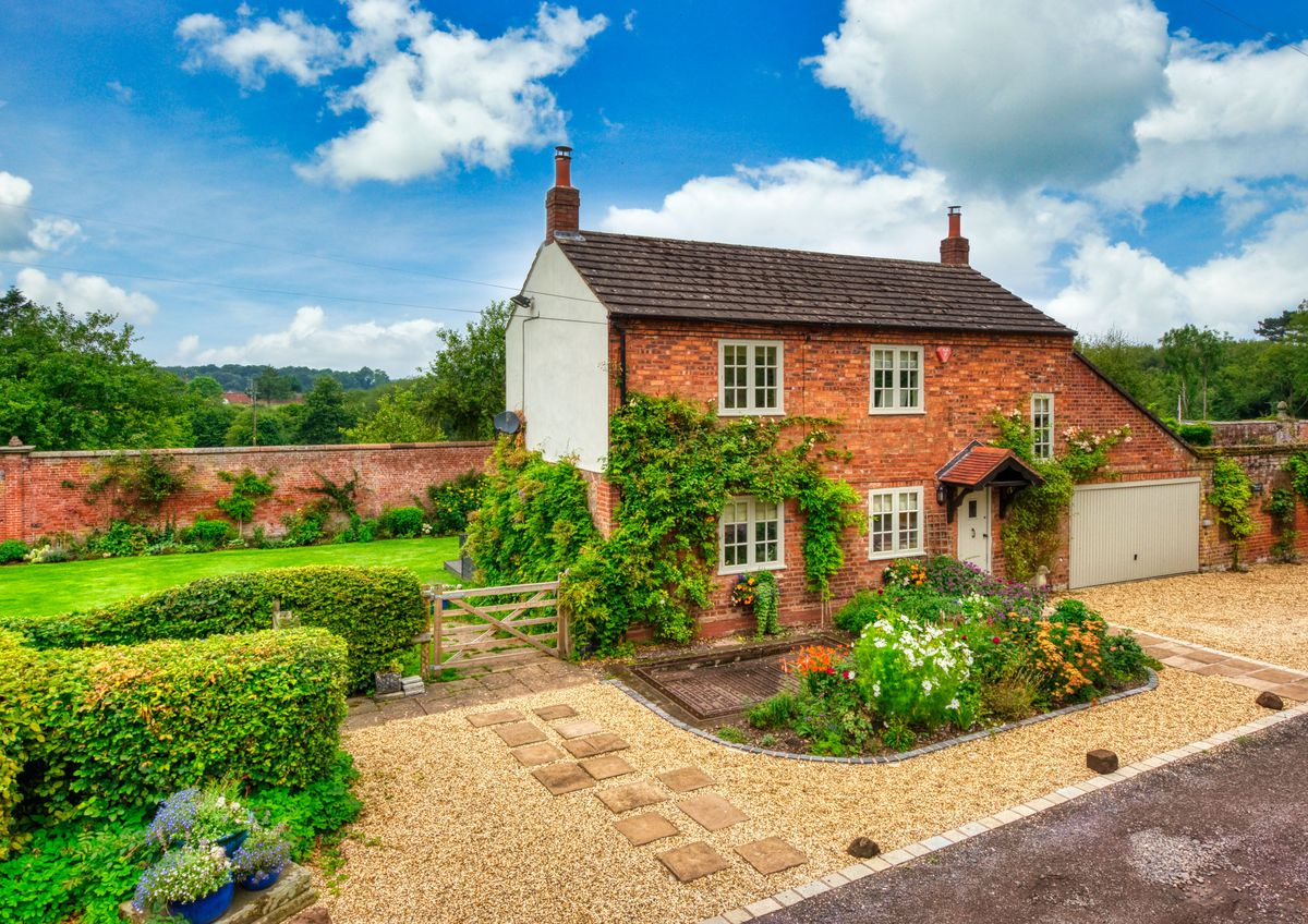 Weighbridge Cottage, in Patshull, was on the market for offers around £550,000 and was under offer within 24 hours, according to Berriman Eaton estate agents