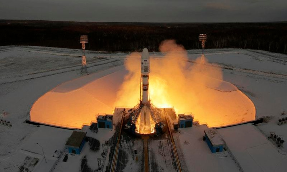 Russian Federation says contact with satellite lost after launch