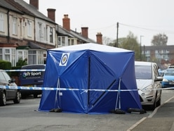 Murder investigation launched after man shot in street