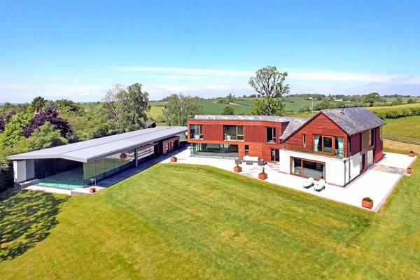 Video And Pictures This Luxury Staffordshire Mansion Could Be Yours For Million