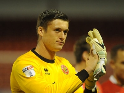 Walsall goalkeeper Liam Roberts signs new contract