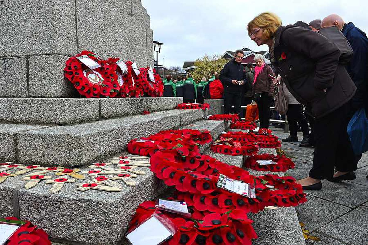 Black Country and Staffordshire Remembrance services and parades 2016