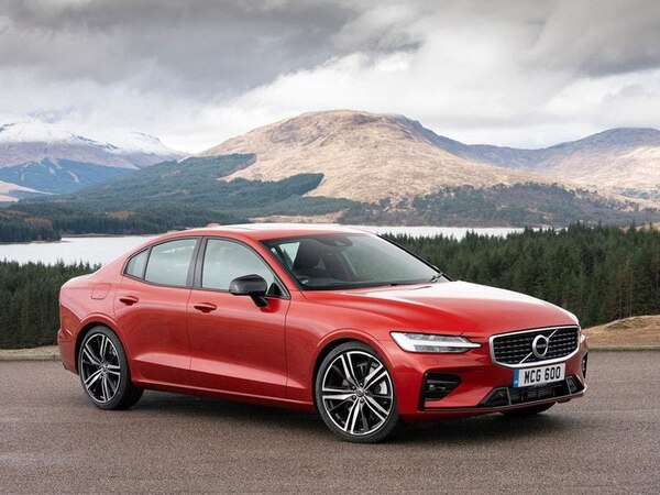 Volvo S60 range bolstered with new trim and plug-in hybrid powertrain