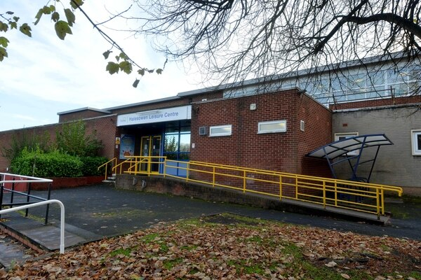 New Swimming Pools And Sports Hall As Part Of Major Dudley Leisure Centres Revamp Express Star