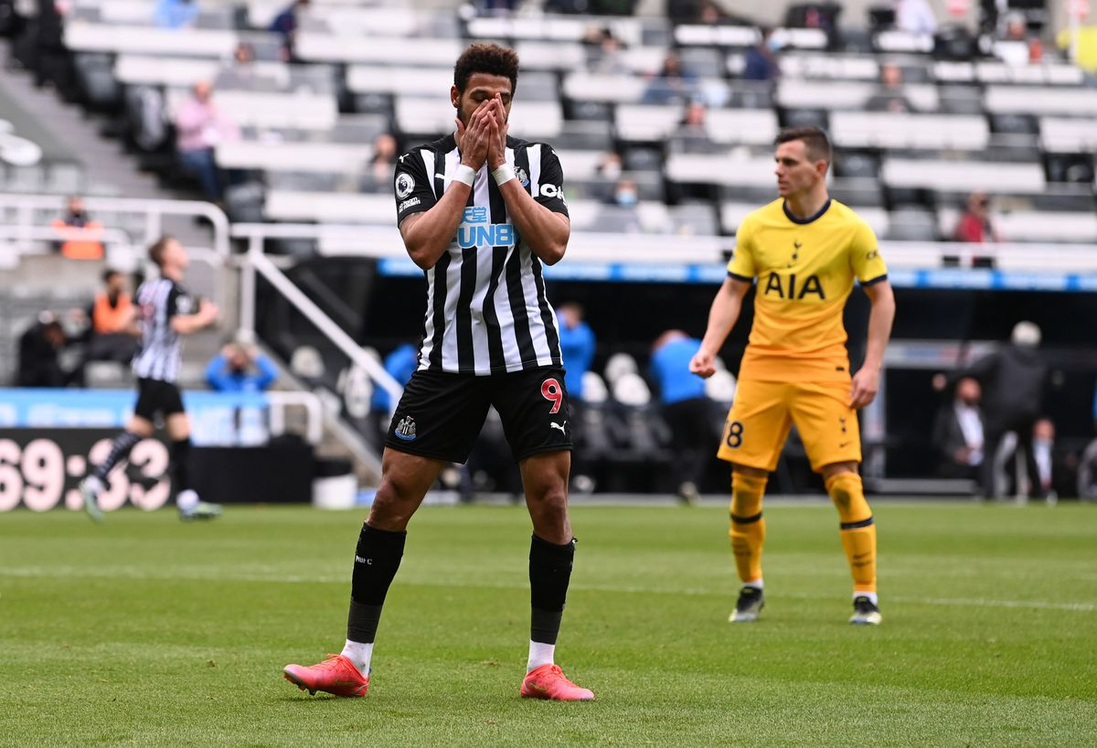 Newcastle United's Joelinton reacts after a missed chance