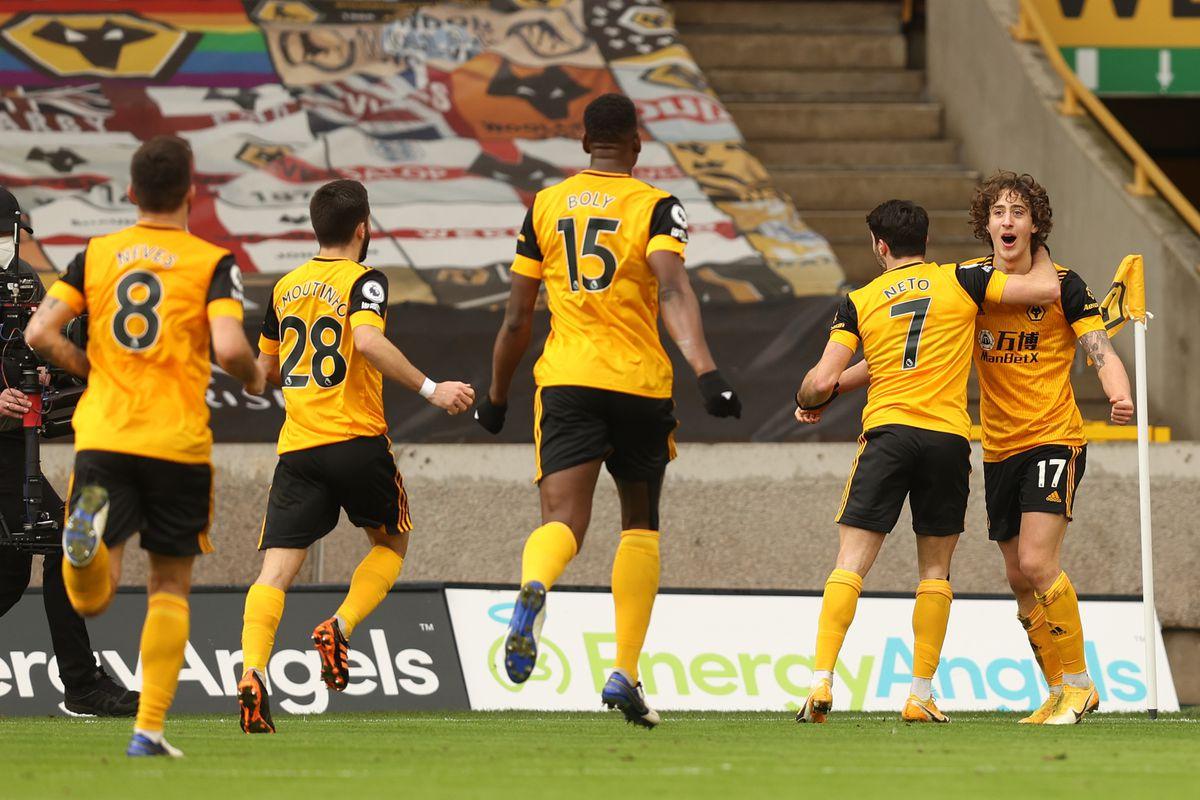 Fabio Silva of Wolverhampton Wanderers celebrates after scoring a goal to make it 1-1. (AMA)