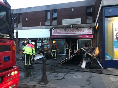 Fierce sunbed fire ruins Black Country tanning shop - PICTURES and VIDEO