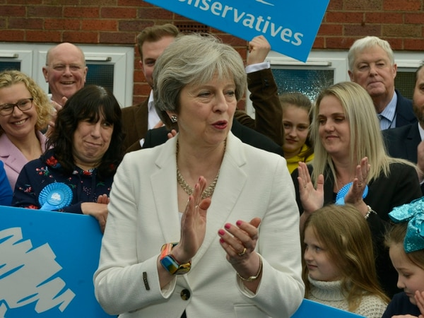 Local elections: PM visits Dudley after mixed night for main parties