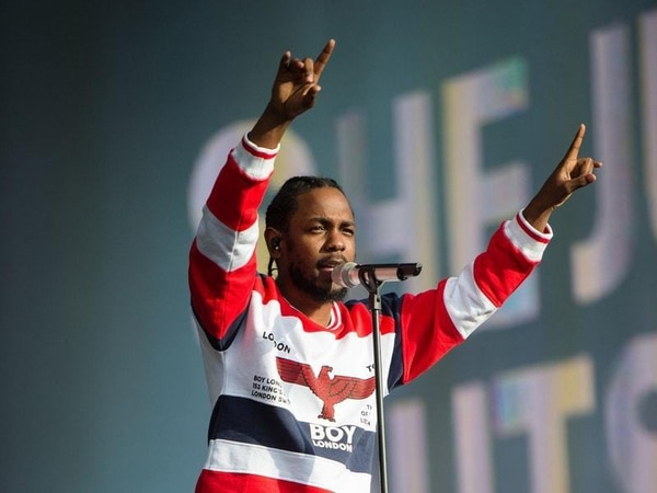 Kendrick Lamar pauses duet with white fan after she says N-word at show
