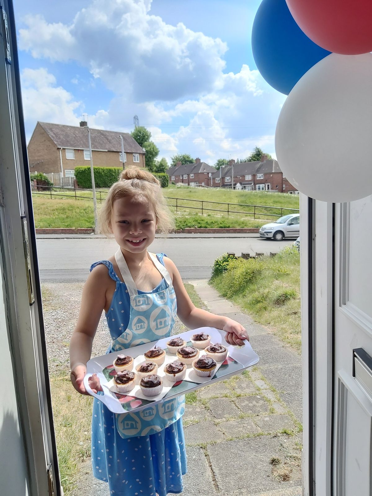 Summer Brown, aged 8, of Wednesbury, made cakes for neighbours