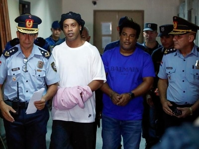 Ronaldinho leaves prison for luxury hotel arrest in Paraguay