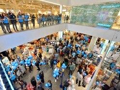 World's biggest Primark opens in Birmingham - PICTURES and VIDEO