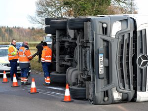 Overturned lorry at Pickmere Island