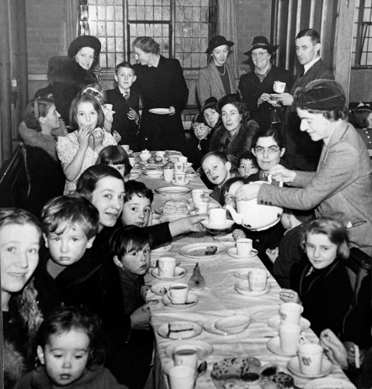 Evacuees from London, were entertained to tea at the Congregational Church Hall, Tettenhall Wood