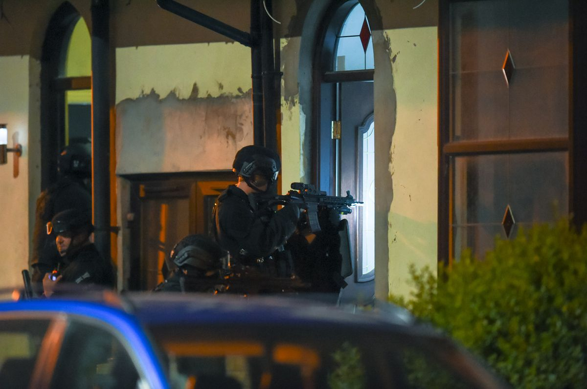 Armed police raid a house on St Paul's Road. Photo: SnapperSK