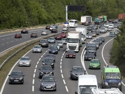 Congestion warning as school holidays getaway begins