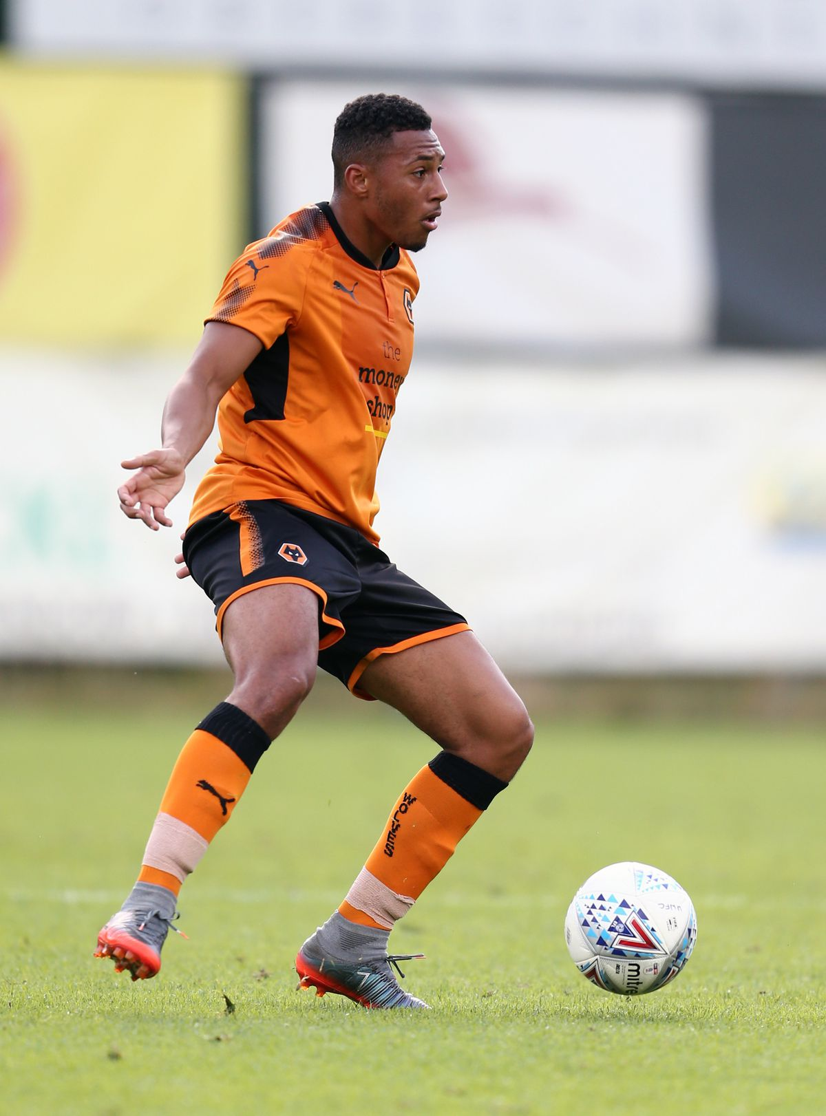 Aaron Simpson in action for Wolves during pre-season in 2017. Photo: AMA