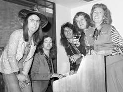 Slade star's tribute to Dame Vera