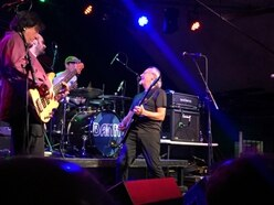 Martin Barre, Robin 2, Bilston - review and pictures