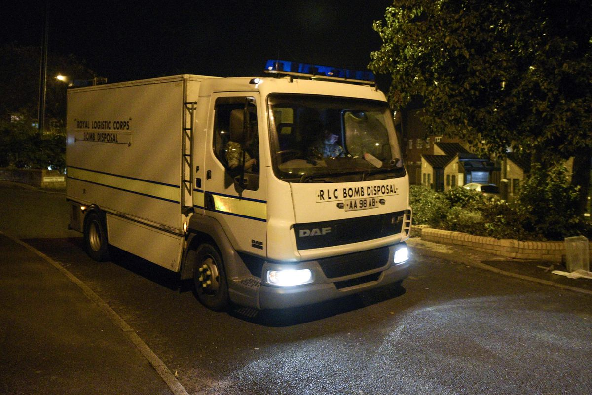 The Bomb Disposal Team in Wheatsheaf Road, Pendeford, last night. Picture: @SnapperSK