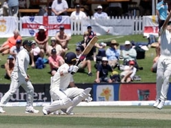 England reach 61-1 at lunch