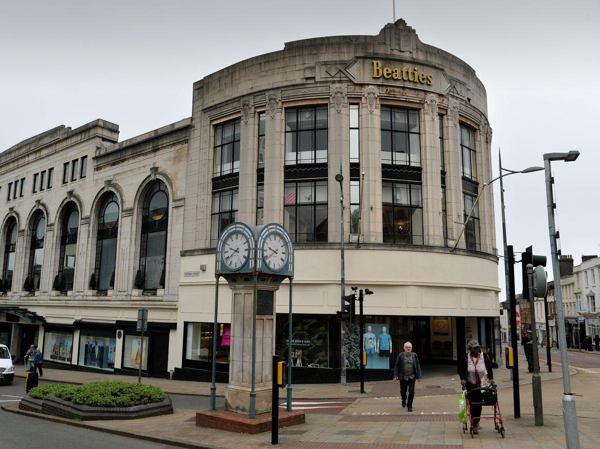 Betting directory wolverhampton uk paddy power uk betting shops in spain