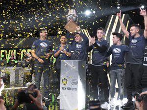 Evil Geniuses players celebrate ESL One New York 2019 victory