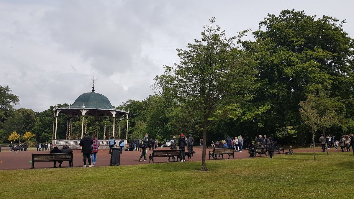 People gathered for the Black Lives Matter rally in West Park, Wolverhampton. Image: @ryelmk