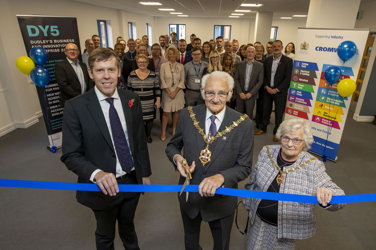 From left, Neil Jowsey, managing director of Cromwell, with the Mayor of Dudley, Councillor Alan Taylor, and the Mayoress, his wife Winifred