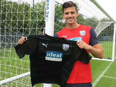 Done deal - West Brom snap up free agent Jonathan Bond