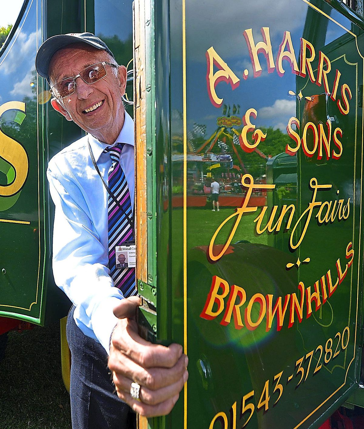 WALSALL STEVE LEATH COPYRIGHT EXPRESS AND STAR 08/08/2015  Walsall Town Show at the Arboretum. Councillor: Anthony Harris from Pat Collins Fun Fairs, they organise the event with the council..