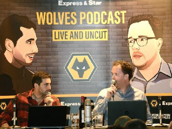 E&S Wolves Podcast - Episode 100: We're LIVE from Molineux!