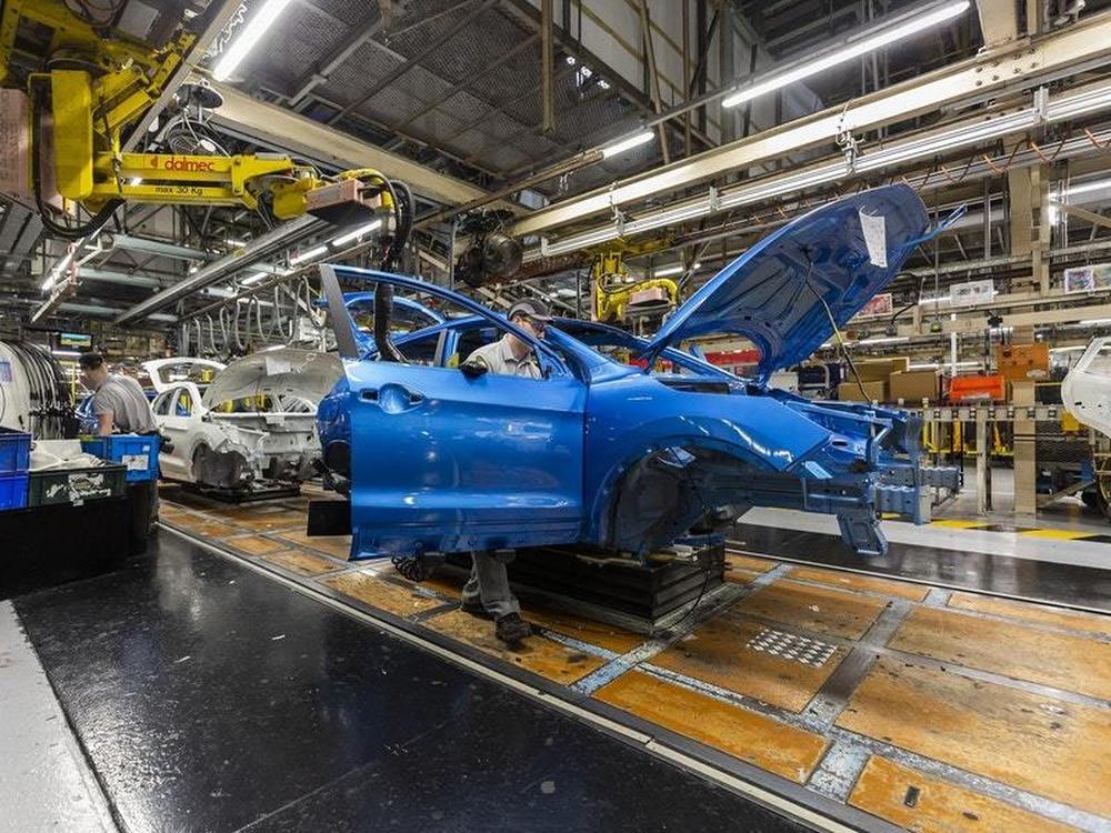 Next-gen Nissan Navara to be 'clone' of new Mitsubishi Triton?