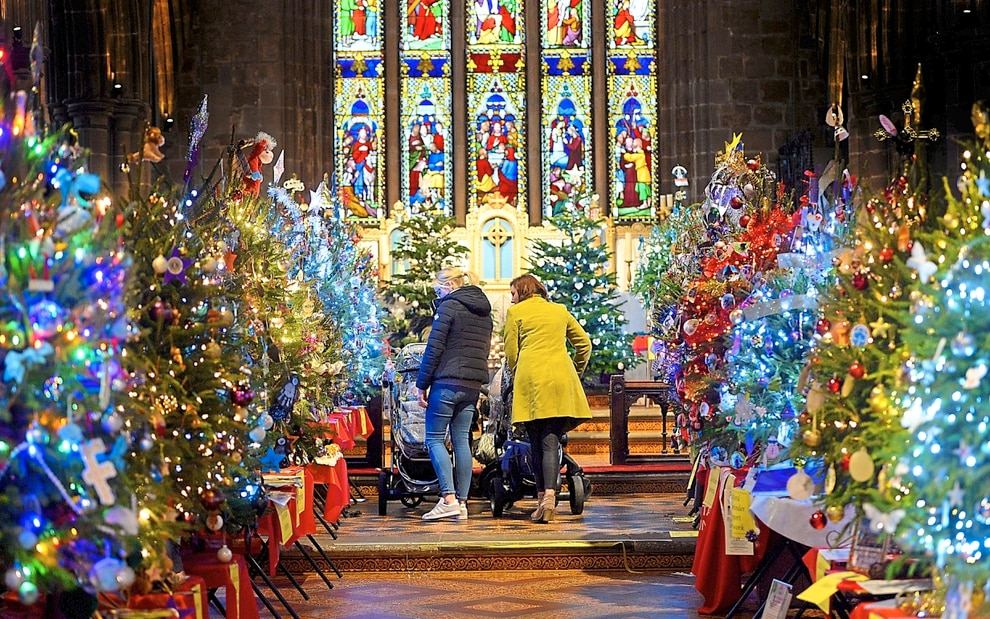 GALLERY: Church is filled with wonder of Christmas | Express & Star