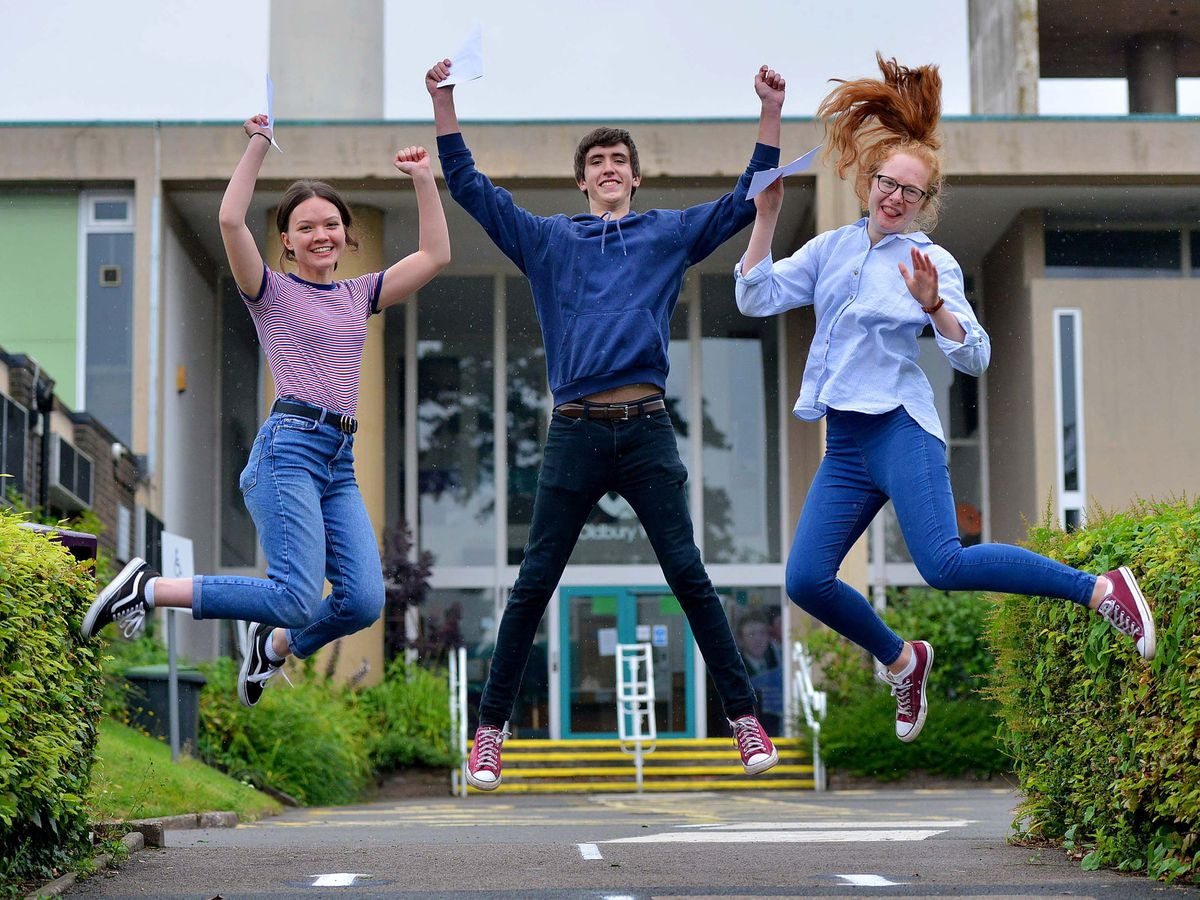 Students will stagger their arrivals for their A-level and GCSE results