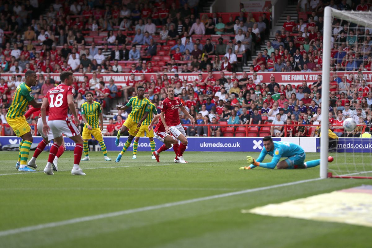 Kyle Edwards of West Bromwich Albion scores a goal to make it 1-1. (AMA)