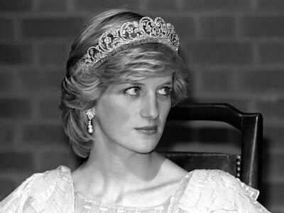 Diana dress found in secondhand shop sells for £155,000