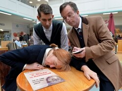 Actors take to Stourbridge streets to promote Agatha Christie classic
