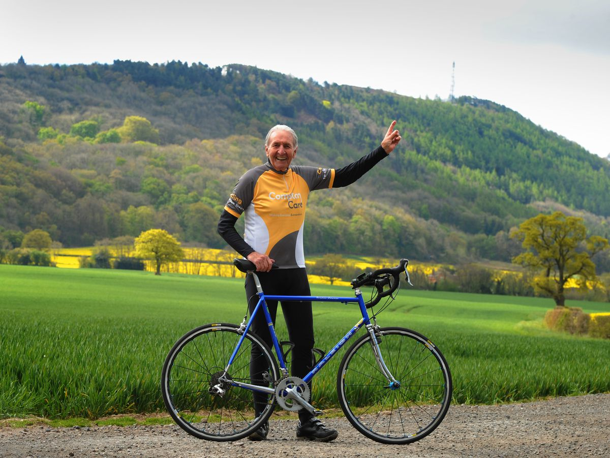 LAST PIC / DAVID HAMILTON PIC / SHROPSHIRE STAR PIC 29/4/21 At the foot of the Wrekin, encouraging people to raise money for Compton Care, Hugh Porter, as he gets ready for Round the Wrekin 2021..