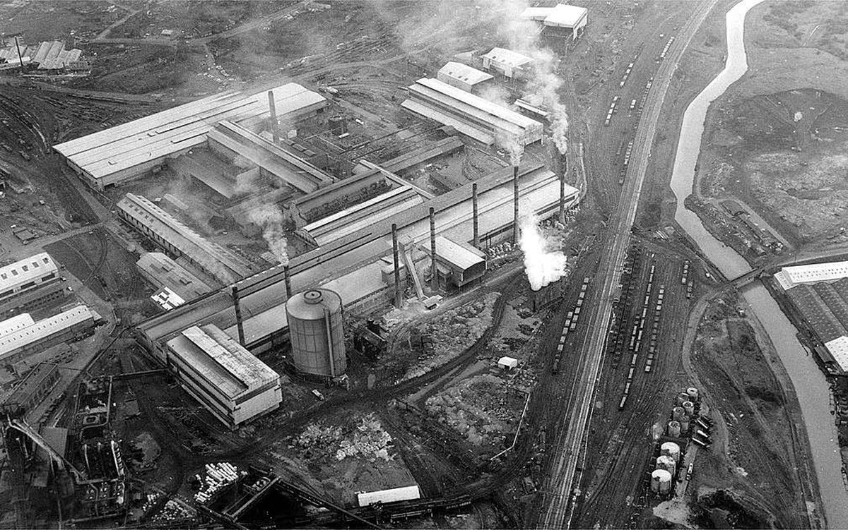 Round Oak steel works viewed from the air