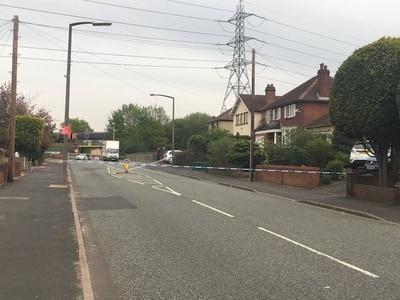 Grenade scare shuts road in Oldbury