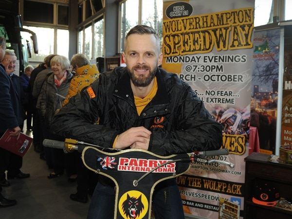 World champs sign up for Rory Schlein farewell