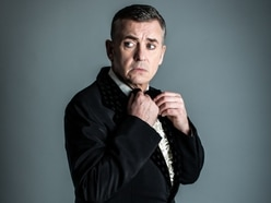 Shane Richie to star in The Entertainer at Wolverhampton Grand Theatre