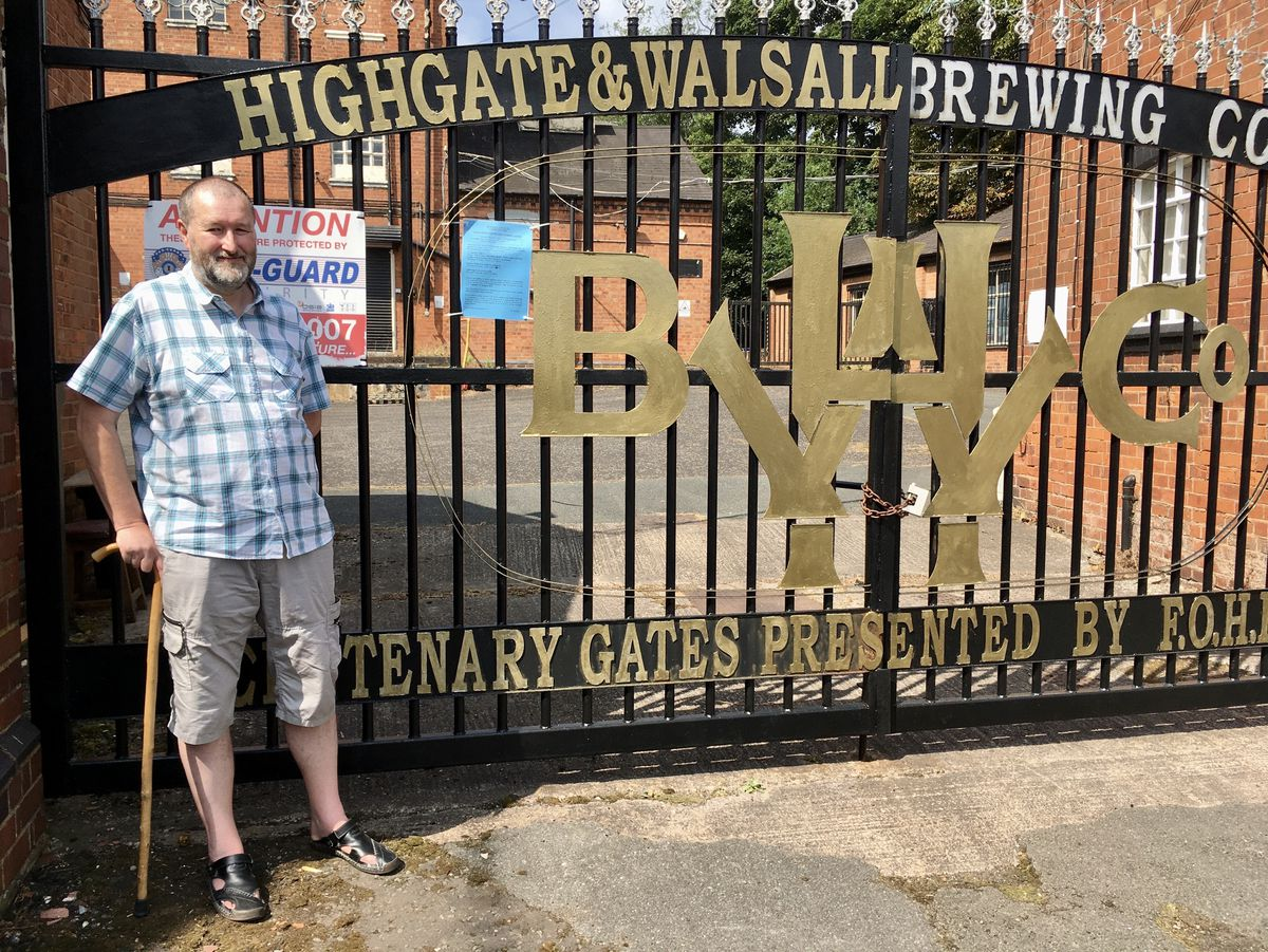 Resident Robin Perry outside Highgate Brewery in Sandymount Road, Walsall. Photo: Gurdip Thandi