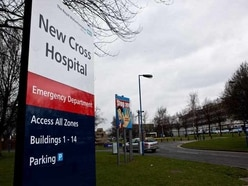Hospitals spend more than £800,000 on taxis