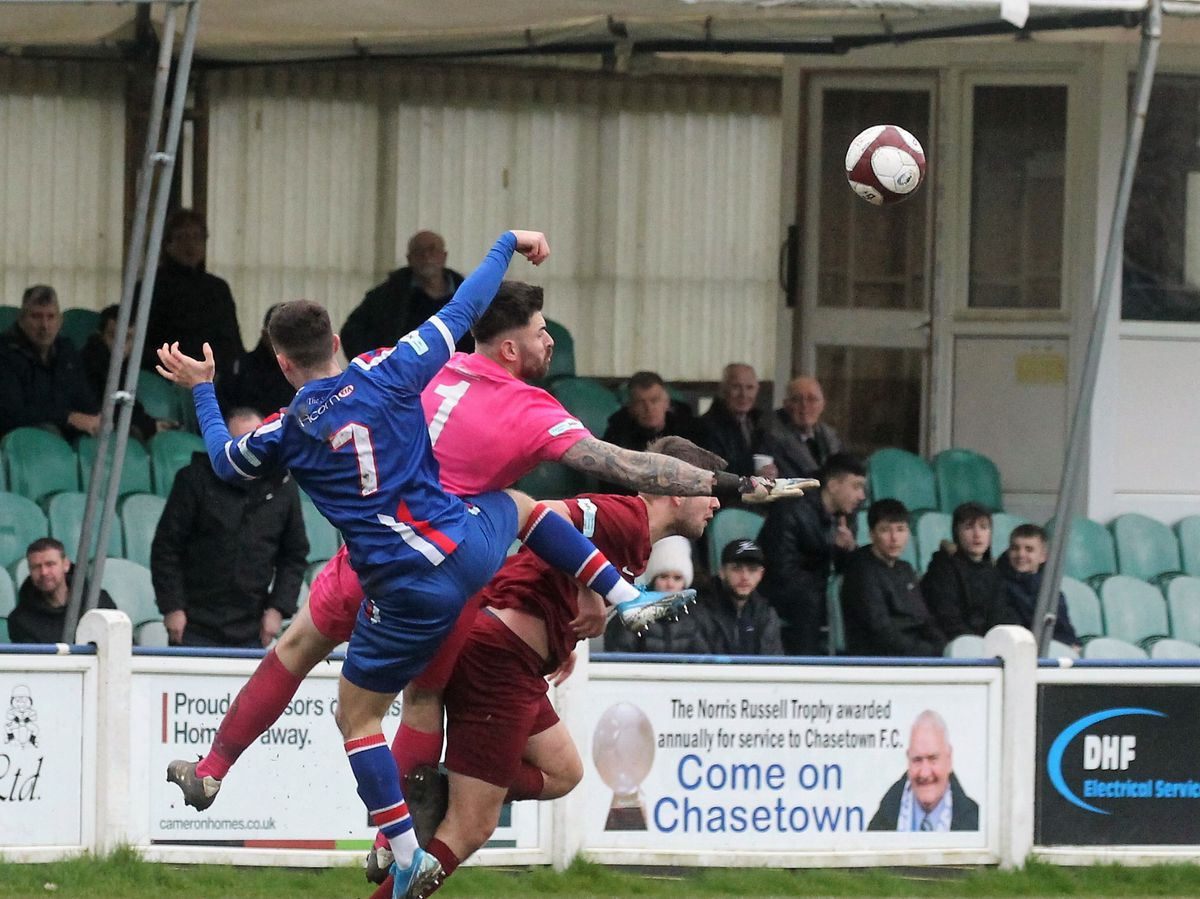 Chasetown defeated – but provide footie fix for fans